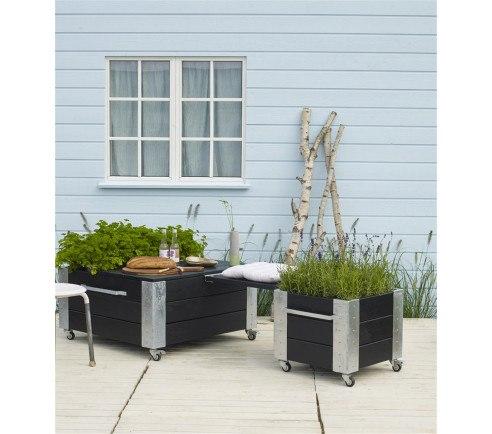 PLUS Siddeplads med Cubic blomsterkasser og bænk (Stor + lille blomsterkasse)