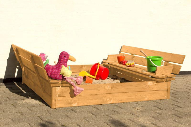 Sandkasse med bænk i lærketræ